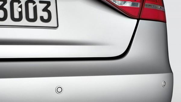 Nachrüstsatz Einparkhilfe Parkdistanzkontrolle Original Audi A3 PDC Sensor hinten 8V0054630A