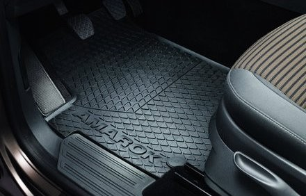 VW Amarok Gummi Fußmatten Original Volkswagen Allwettermatten vorn
