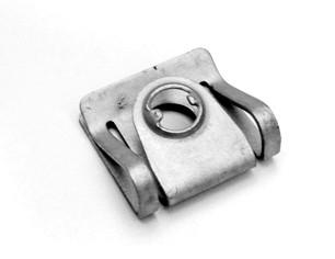 Blechmutter für Unterfahrschutz (Passat 3B/3BG, Audi A4 8D)