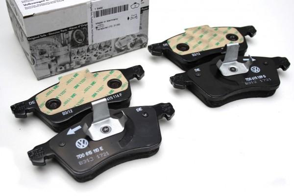 Audi A4 8D Bremsbeläge vorne Original Bremsklötze Vorderachse Beläge 8D0698151L