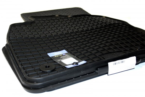 Skoda Octavia III Gummifußmatten 4-teilig schwarz Komplettsatz Limousine Kombi Scout