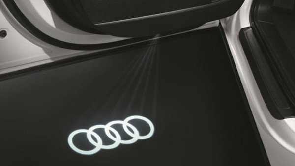 "LED-Einstiegsleuchten Original Audi ""Audi-Ringe"" LED Schriftzug Türbeleuchtung"