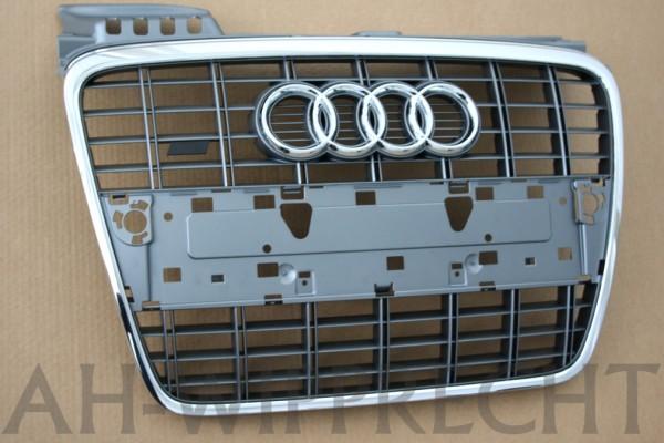 Original Audi A4 8E B7 S-Line Kühlergrill RS4 chrom glänzend Platiniumgrau