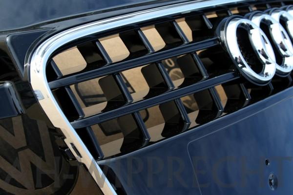 Original Audi TT 8J Tuning Kühlergrill chrom / schwarz Klavierlack